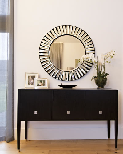Side table round mirror